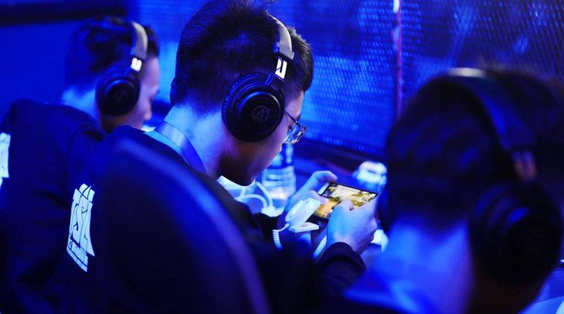Apakah Gelar eSport pantas disandang oleh Rules of survival dan PUBG Mobile