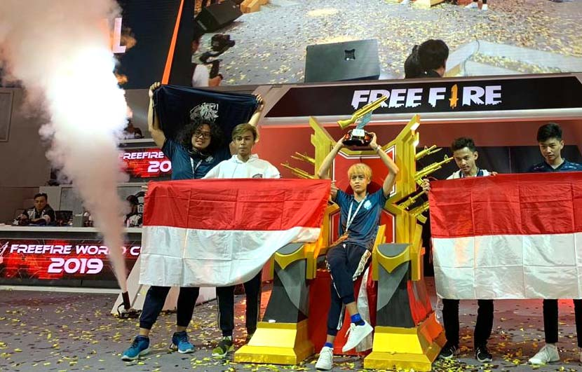 Keseruan Kick Off Piala Presiden Esports 2020 dan Grand Final Free Fire Shopee Indonesia Masters Season 2 di Tennis Indoor Senayan